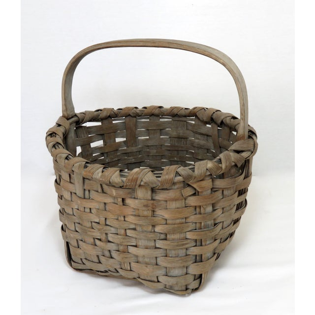 1900 - 1909 1900s Country Style Gray Basket For Sale - Image 5 of 13