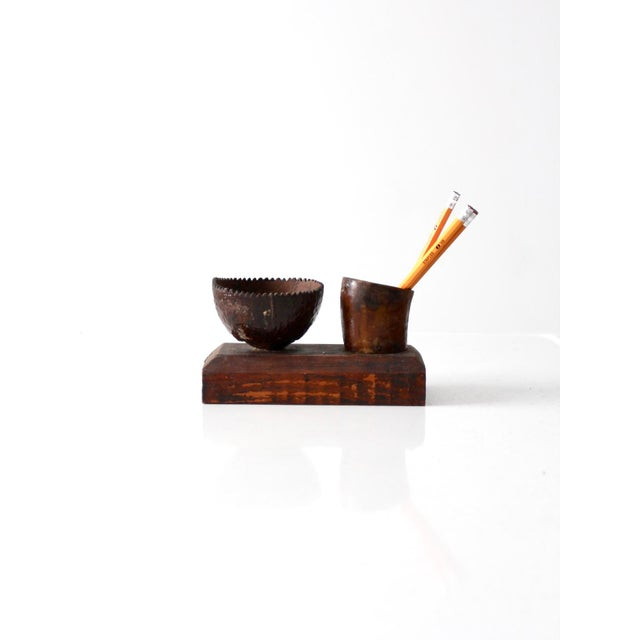 This is a vintage hand-crafted folk art decor piece. The rustic wooden pedestal features two small bowls and makes a great...