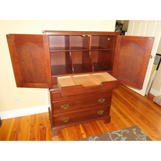 Henkel Harris Black Cherry Gentleman's Chest 173 - Image 5 of 10