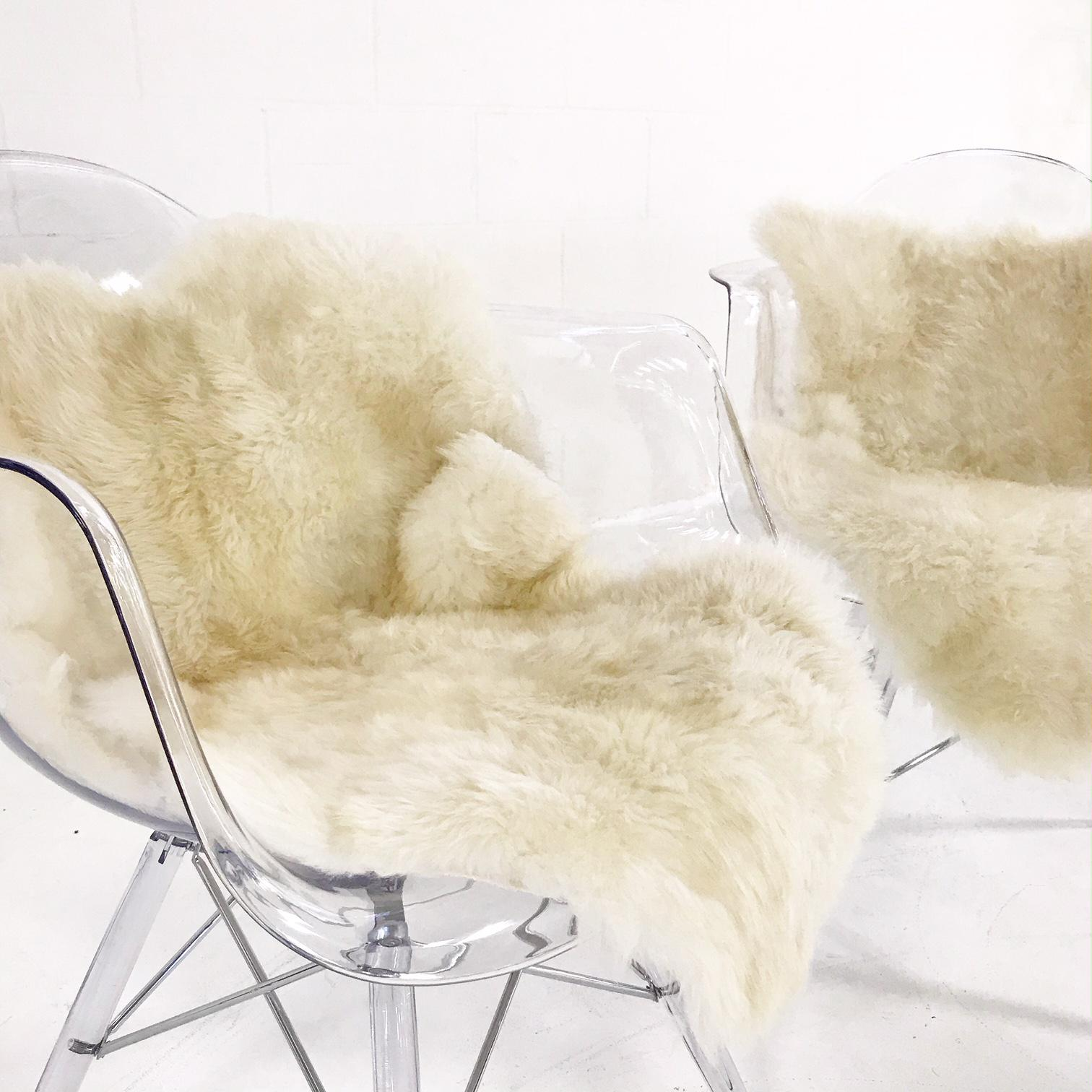 Mid Century Style Lucite Chairs With Ivory Brazilian Sheepskin Throws    Pair   Image 4