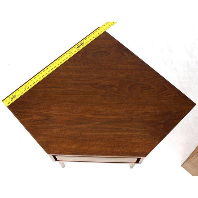 Mid-Century Modern Two-Piece Walnut Corner Desk Table Bookcase Hutch For Sale - Image 4 of 12