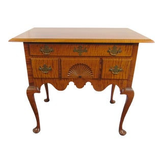 Eldred Wheeler Queen Anne Tiger Maple Lowboy For Sale