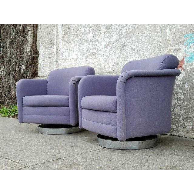 Vintage Lilac Swivel Club Chairs - A Pair - Image 5 of 5