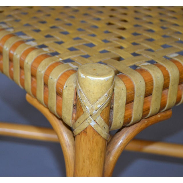McGuire Mid-Century Modern Bamboo and Hand-Woven Leather Top Side Table / Stool For Sale In Miami - Image 6 of 13
