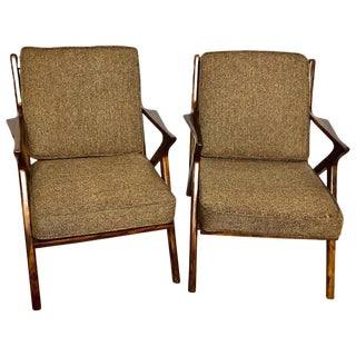 Pair of Gio Ponti Style Mid-Century Modern Rosewood / Walnut Armchairs For Sale