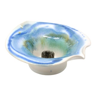 White and Blue Ceramic Ikebana Vase For Sale