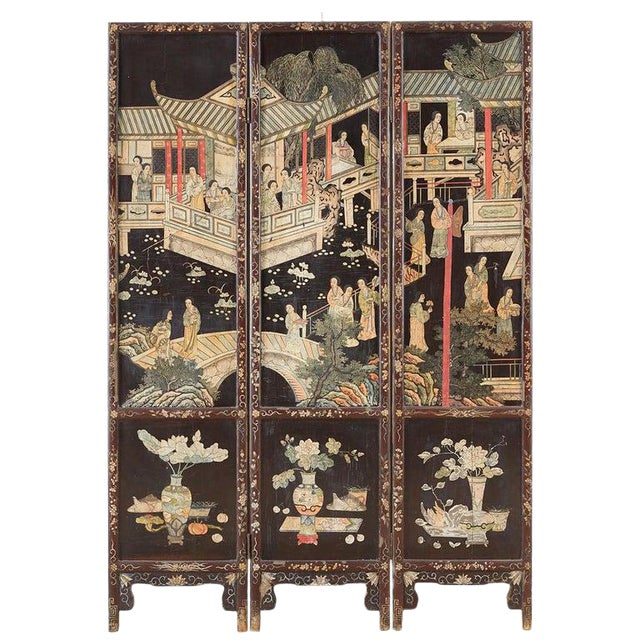 Chinese Export Three-Panel Lacquered Coromandel Screen For Sale