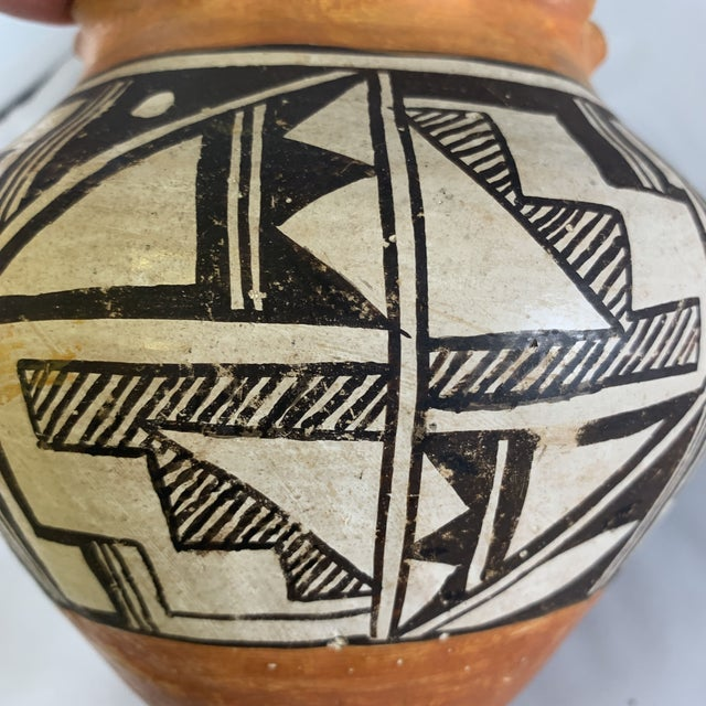 Acoma Pueblo Southwestern Olla Jar For Sale - Image 9 of 12