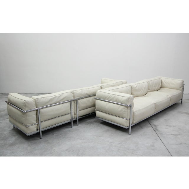 Authentic Pair of Lc3 Cassina Grand Modele 3 Seat Sofas by Le Corbusier For Sale In Las Vegas - Image 6 of 13