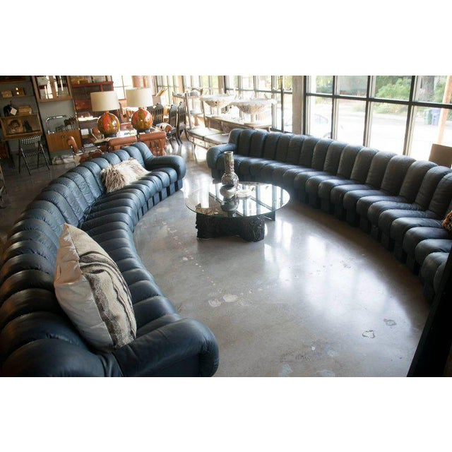 De Sede De Sede Ds-600, Non-Stop Sofa, 21 Sections in Charcoal Blue Leather For Sale - Image 4 of 13