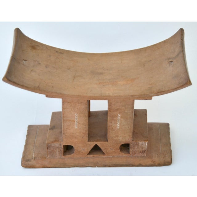 Ashanti Stool Ghana, Early 20th Century For Sale In Los Angeles - Image 6 of 7