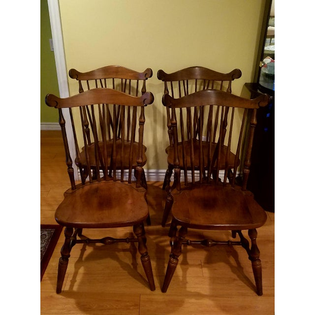 Set of 4 dining chairs and table from top quality furniture maker Temple Stuart. Made from solid Maple wood. Dimensions:...