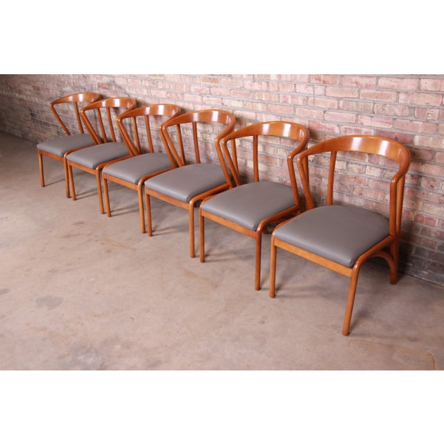 Baker Furniture Company Baker Furniture Mid-Century Modern Sculpted Solid Maple Dining Chairs, Set of Six For Sale - Image 4 of 13