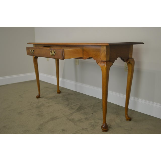 Ethan Allen Circa 1776 Collection Maple Queen Anne Sofa Table Console For Sale - Image 11 of 13