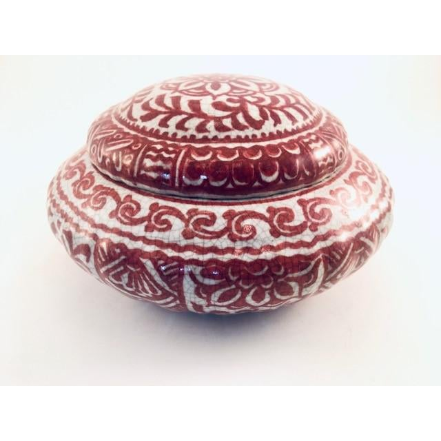 1950s Delft Red & White Lidded Bowl For Sale - Image 9 of 9