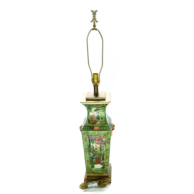 Vintage Chinese Rose Medallion Hand Painted Table Lamp For Sale - Image 9 of 13