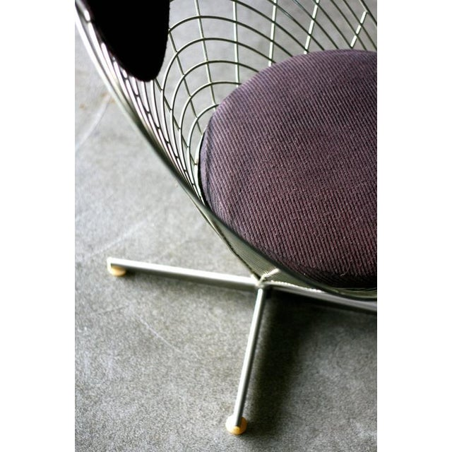 Wire cone Lounge chair, designed in 1958 by Verner Panton for Plus Linje. Very early zinc-plated wire frame, with original...