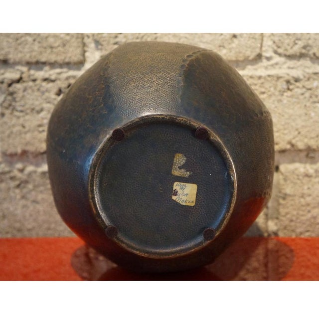 1930s 1930s Japanese Hand Hammered Copper Vase For Sale - Image 5 of 6
