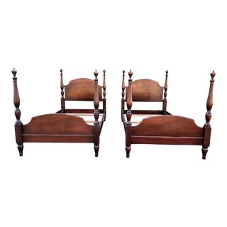 Kindel Furniture Mahogany Antique Twin Beds- a Pair For Sale
