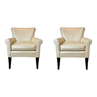 Modern Leathercraft Furniture Ivory Lounge Chairs Pair For Sale