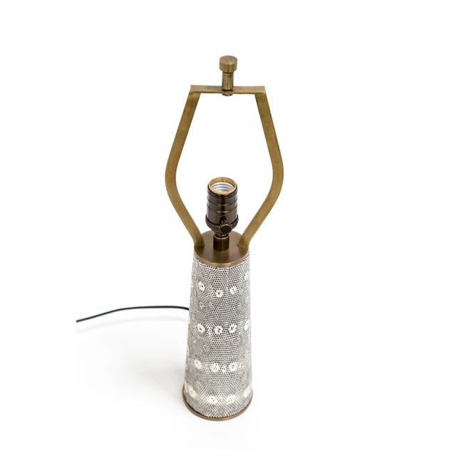 Boho Chic Lizard Skin & Bronze Borrego Lamp by Tuell + Reynolds For Sale - Image 3 of 7