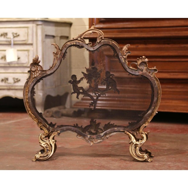 Metal 19th Century French Louis XV Carved Bronze Doré Fireplace Screen With Cherubs For Sale - Image 7 of 8