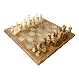 Vintage Hand-Carved Onyx Chess Set For Sale