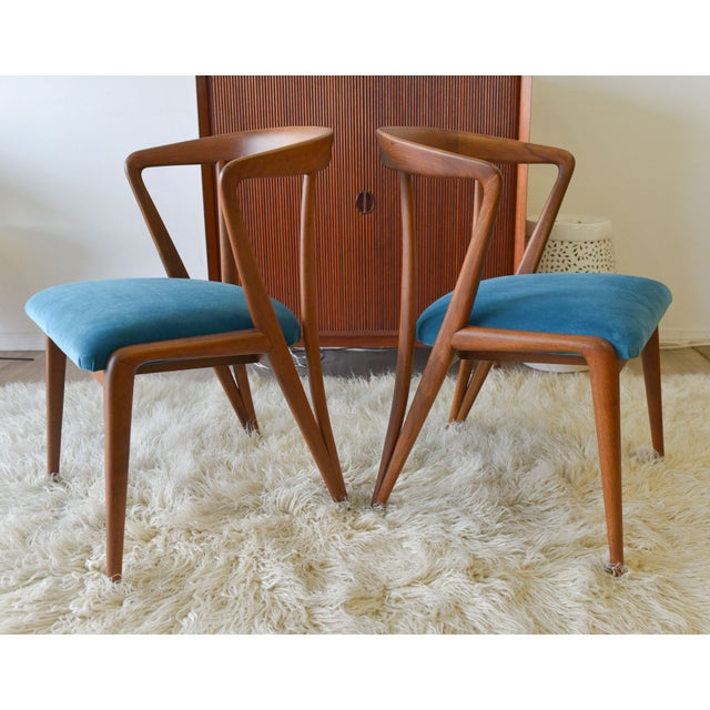 A beautiful pair of Bertha Schaefer and Gio Ponti collaboration armchairs that have been completely restored to showroom...