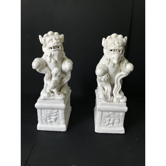 Vintage Blance De China Porcelain Foo Dogs - A Pair For Sale In Los Angeles - Image 6 of 7