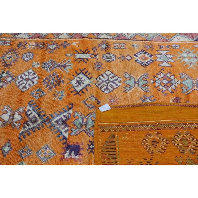 "1970s Taznakht Vintage Moroccan Rug, 4'11"" X 11'11"" Feet For Sale - Image 5 of 6"