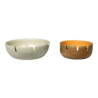 Vintage Mid Century Modern Pair Heath Ceramics Ashtrays by Edith Heath For Sale