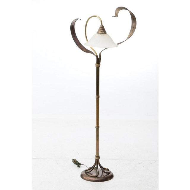 Metal Vintage Solid Brass Chapman Art Nouveau Style Flower & Leaf Motif Floor Lamp For Sale - Image 7 of 12