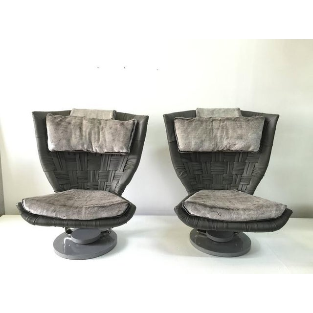 Marzio Cecchi Pair of Grey Woven Leather Swivel Chairs - Image 2 of 6