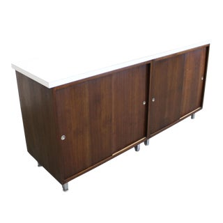 Mid-Century Modern George Nelson for Herman Miller Sliding Door Credenza For Sale