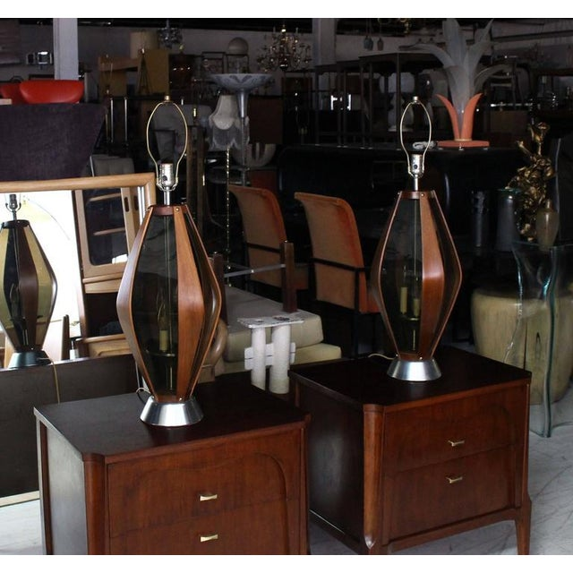 Brown Pair of Mid-Century Modern Walnut Table Lamps For Sale - Image 8 of 9