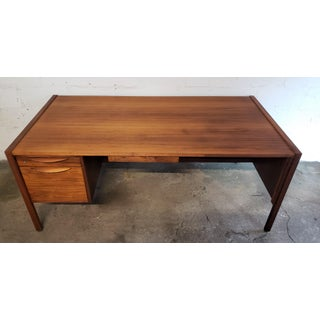 1960s Danish Modern Executive Desk by Jens Risom Preview