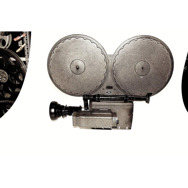 1950s Auricon Cinema Newsreel Camera Complete and Working. Display As Sculpture. Circa 1955 For Sale - Image 5 of 10