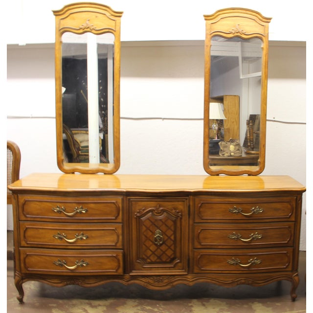 "Absolutely Beautiful Vintage Thomasville ""French Court"" Solid Wood Bedroom Dresser with Two Mirrors! Dresser - 76"" W x 32""..."