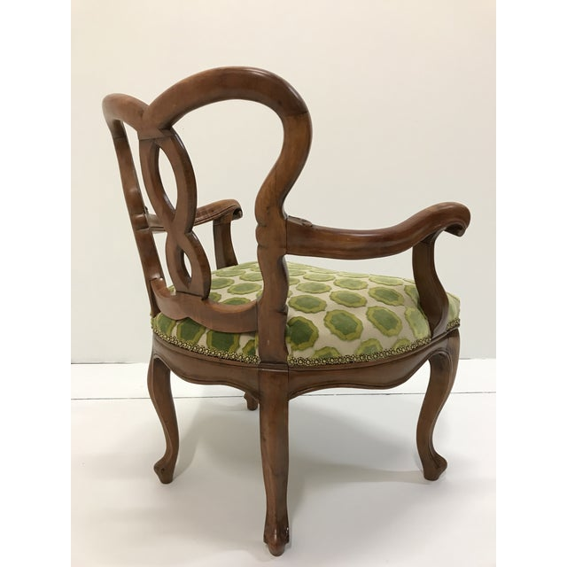 Manuel Canovas Early 20th Century Hand Carved Satin Wood Italian Vanity Chair Cabriole Leg For Sale - Image 4 of 12