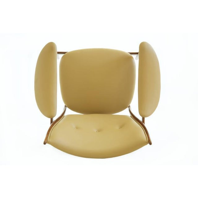 Pair of Finn Juhl Chieftain Lounge Chairs For Sale In New York - Image 6 of 10