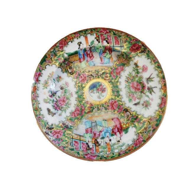 19th C Chinese Export Porcelain Rose Medallion Soup Plate For Sale - Image 4 of 11