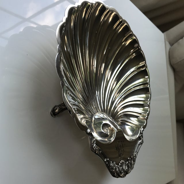 Friedman Brothers 20th Century Regency Silverplate Dolphin Footed Scallop Shell Platter For Sale - Image 4 of 9