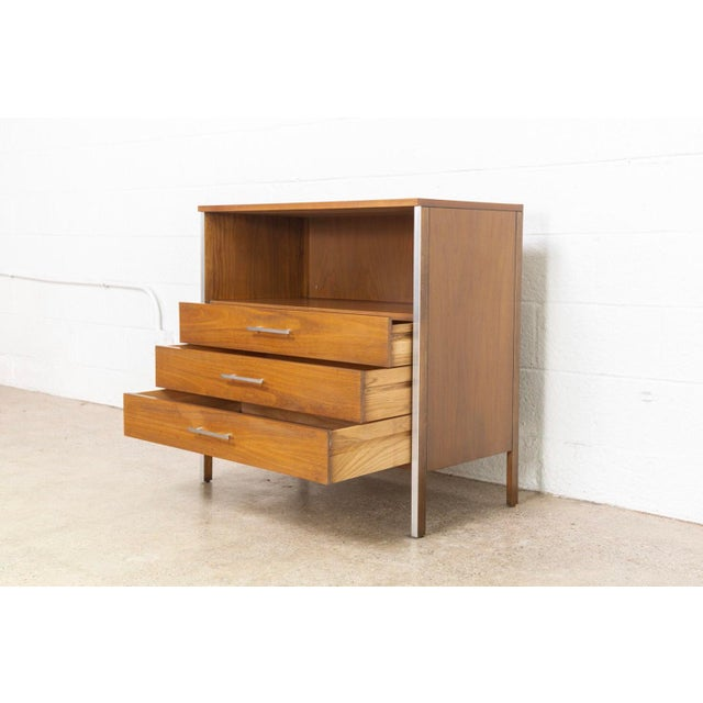 Metal Mid Century Paul McCobb for Calvin Chest of Drawers For Sale - Image 7 of 11