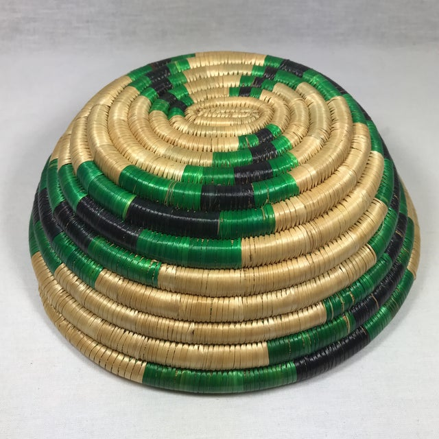 Handmade African Grass Basket - Image 8 of 11