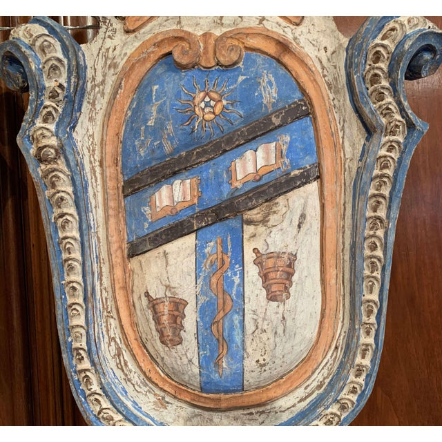 Pair of Early 20th Century French Carved Painted Wall Hanging Shields With Crest For Sale In Dallas - Image 6 of 11