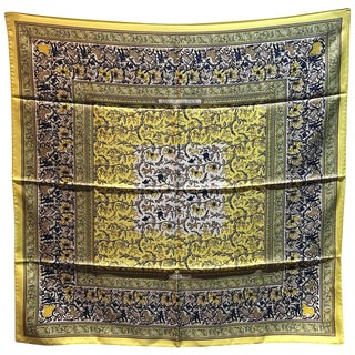 Hermes Vintage Chasse en Inde Yellow Silk Scarf For Sale