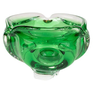 Mid-Century Modern Emerald Handblown Murano Glass Decorative Bowl For Sale