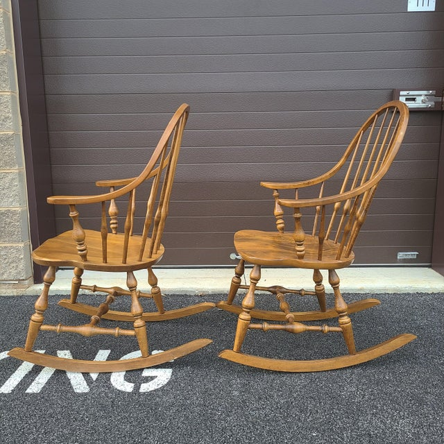 Goldenrod Ethan Allen Circa 1776 Solid Maple Bowback Windsor Rocking Chairs - a Pair For Sale - Image 8 of 13
