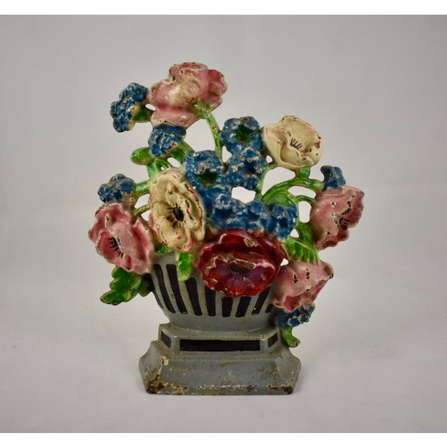 Hubley Manufacturing Company 1930s Hubley Cast Iron Poppies in an Urn Doorstop For Sale - Image 4 of 9