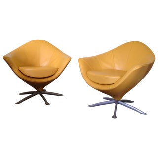 Tulipano Contemporary Armchairs by Polaris - Pair For Sale